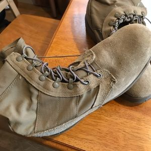 military army boots Sz 11.5 new